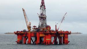 Platforma wiertnicza na Morzu Północnym, Fot. Soerfm, CC BY-SA 3.0