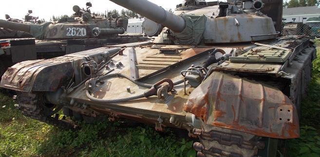 Czołg średni  T-72 nr.rej. UBC 8601 (2)