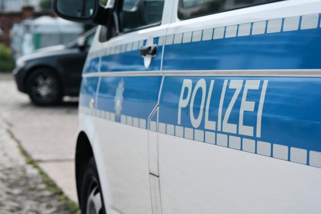 1999653-polizei-657-438
