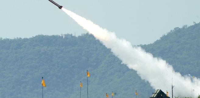 Rakieta Patriot podczas ćwiczeń w Yilan w Tajwanie w lipcu 2006 roku Fotograf: Maurice Tsai / Bloomberg News.