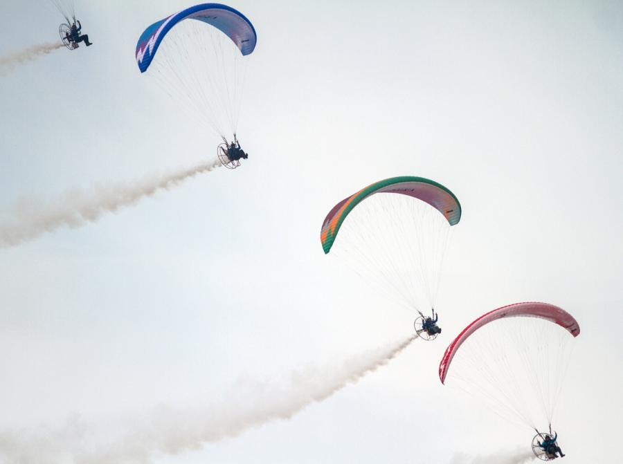 Air Show 2015: Pokaz lotów na paralotniach