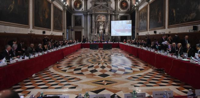 Komisja Wenecka o TK