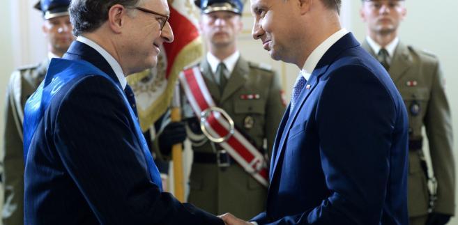 Prezydent Andrzej Duda odznacza zastępcę sekretarza generalnego NATO Alexandra Vershbowa