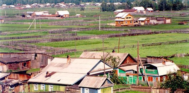 Wieś Wierszyna w Rosji. Źródło: Wikipedia, autor: Andrzej Barabasz (Chepry) - Praca własna, CC BY-SA 3.0