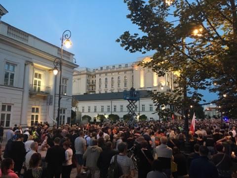 Protest przed Pałacem Prezydenckim fot. Natalia Ryńska