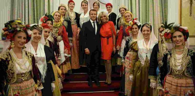 Emmanuel Macron z żoną podczas wizyty w Grecji