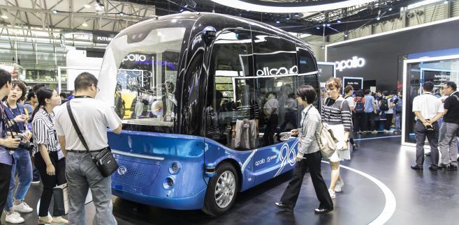 Autonomiczny minibus Apolong firmy Baidu