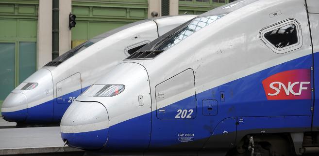 Francuski TGV (Societe Nationale des Chemins de Fer (SNCF)).