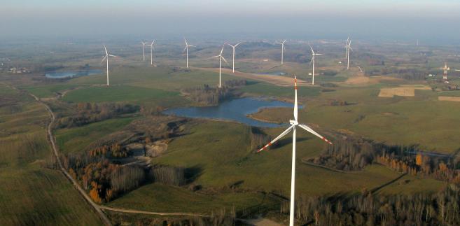 Farma wiatrowa, zdj. Wojciech Lorenc, źródło PSEW