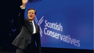 Wyniki sondaży mogą utrudnić Davidowi Cameronowi negocjacje z Brukselą