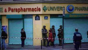 Wojsko i policja na ulicach Paryża EPA/YOAN VALAT Dostawca: PAP/EPA.