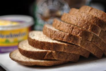 Za zbożem zaczęła drożeć mąka. A po paru tygodniach skoczyły także ceny chleba i makaronów.