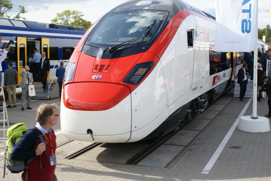 Pociąg Giruno, Stadler w czasie targów kolejowych Innotrans w Berlinie. Fot. Konrad Majszyk