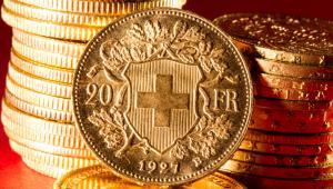 Sama instytucja upadłości konsumenckiej to temat szeroki, dotyczący jednak nie tylko osób z kredytami walutowymi, ale też takich, które poprzez różnego rodzaju okoliczności, a czasami po prostu poprzez nieszczęśliwy zbieg okoliczności stały się niewypłacalne. Dotyczy ona także kredytobiorców posiadających kredyty złotówkowe, którzy wcześniej, ważąc ryzyko walutowe, nie zdecydowali się na tańsze ówcześnie kredyty walutowe, a mimo to także znaleźli się w kłopotach.