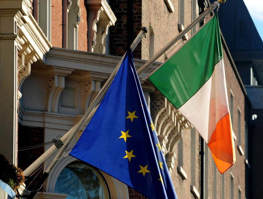 Flaga Irlandii i Unii Europejskiej