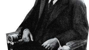 Wybór Gabriela Narutowicza na prezydenta był zaskoczeniem. Wywołał gwałtowne zamieszki nacjonalistów, a sam prezydent zginął w zamachu 16 grudnia 1922 r. – pięć dni po zaprzysiężeniu fot. NAC